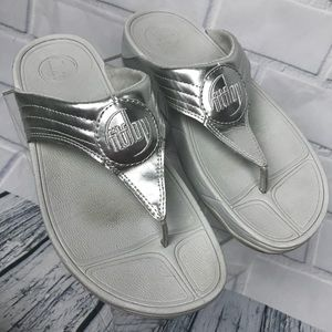 FitFlop Silver Thong Comfortable Sandals 8